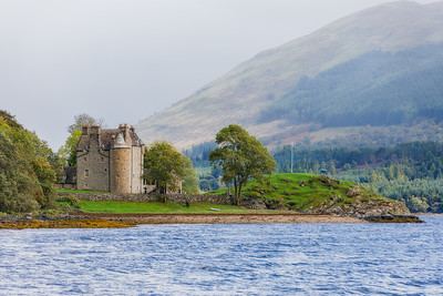 Dunderave castle Scotland