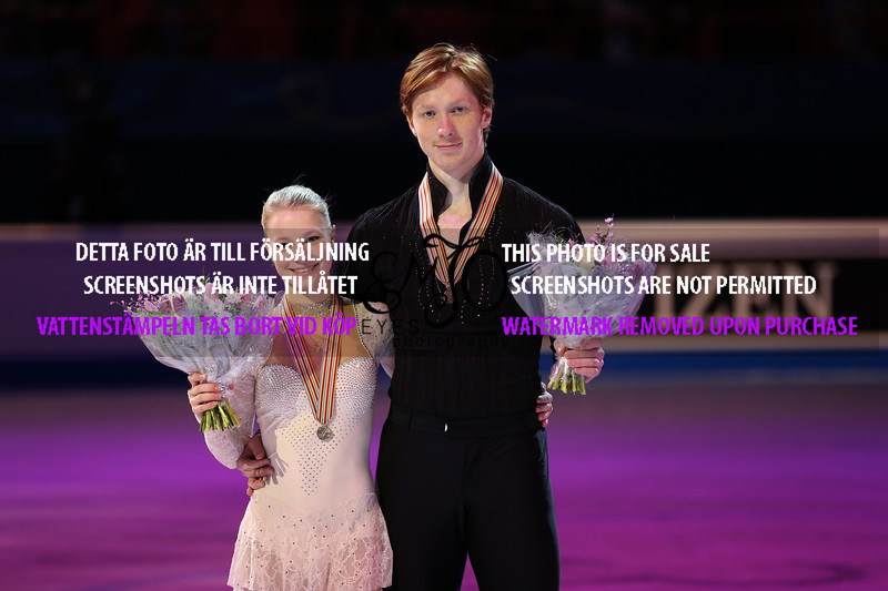 Bronze medalists Evgenia TARASOVA / Vladimir MOROZOV