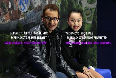 Wakaba HIGUCHI and coach Koji Okajima