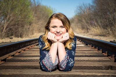 Senior Photos - Rural Girl