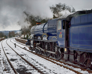 6023 King Edward II leaving Bewdley