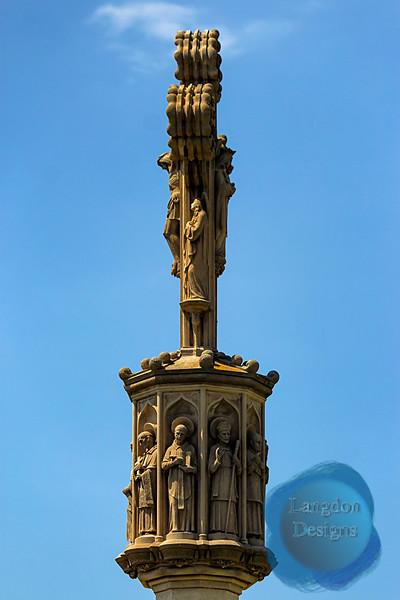 Barcelona Crucifix Profile Statue