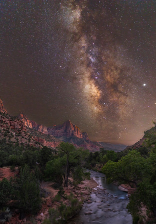 Starry Night @ The Watchman Tower | Zion National Park