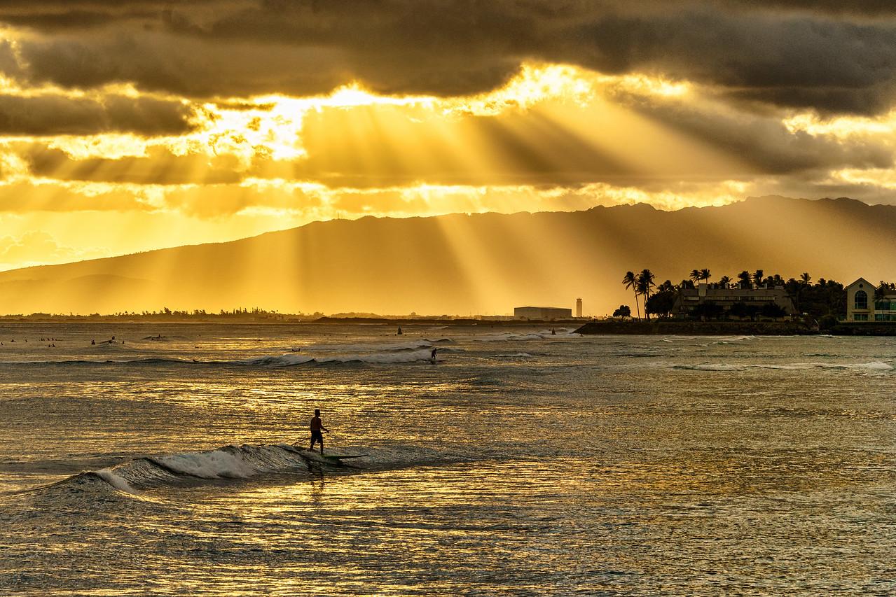 Surfing Under Rays of Light