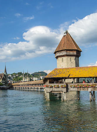 Chapel Bridge (Kapellbrücke) in the old town of Lucerne