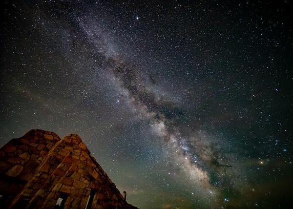 Milky Crest House
