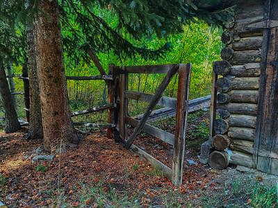 Cabin Gate