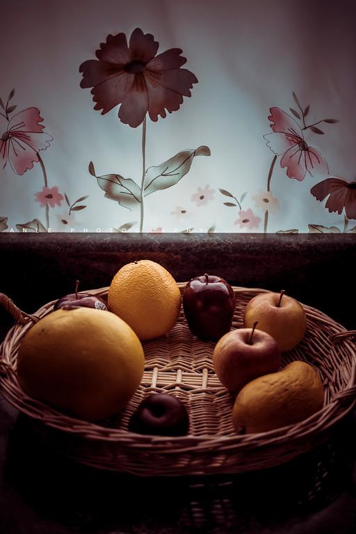 Mom's fruits basket