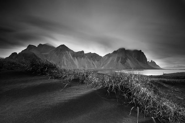 dunes2-bw