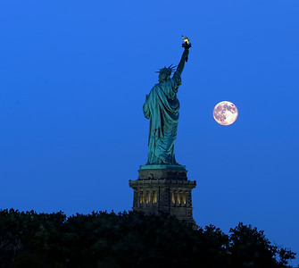 Liberty SuperMoon
