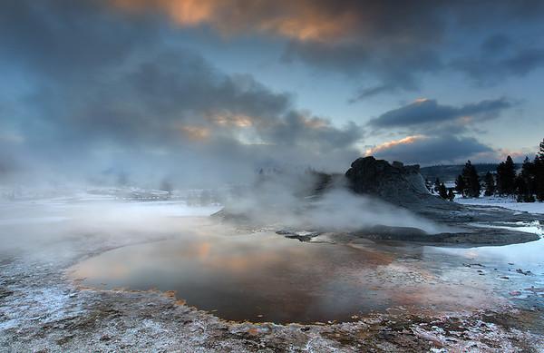 Castle Geyser, dawn