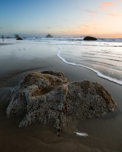 Tide in Bandon, Oregon