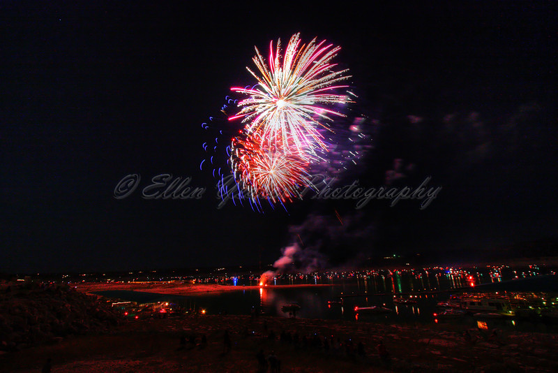 Fireworks<br /> <br /> Lake Travis by Carlos' n Charles resturant. It was taken on July 3, 2009.