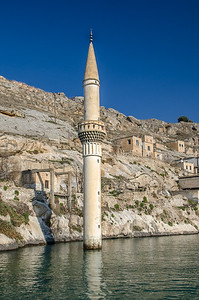 Sunken minaret in the underwater village of Savaşan, Halfeti