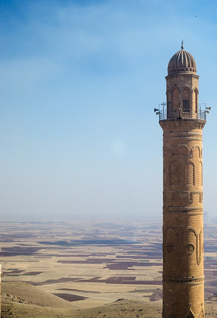 Ulu Camii minare overlooking the plains of upper Mesopotamia, Mardin