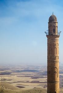Ulu Camii minare overlooking the plains of upper Mesopotamia, Mardin
