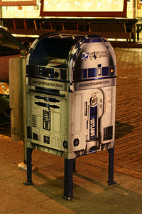 R2D2 Post Box