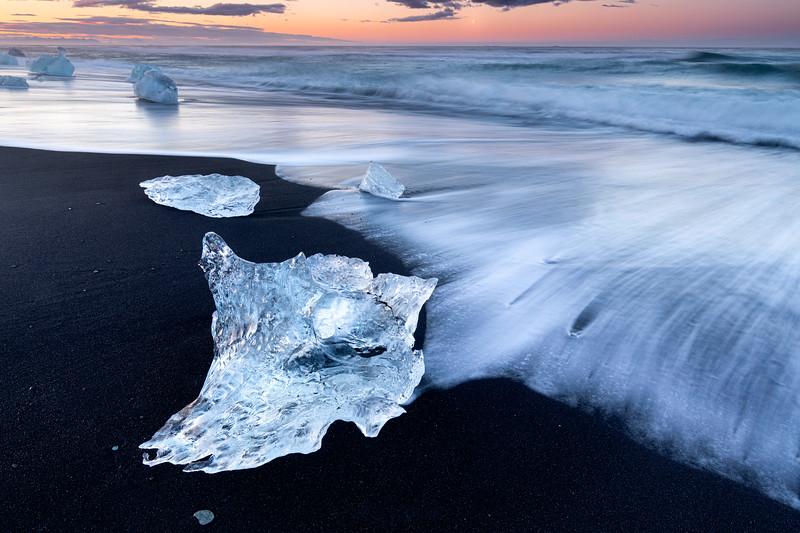 Sunrise @ Diamond Beach | Iceland
