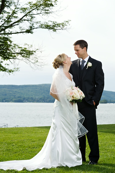 Caitlin + Matt's Wedding :: The Candlewood Inn :: Brookfield, CT