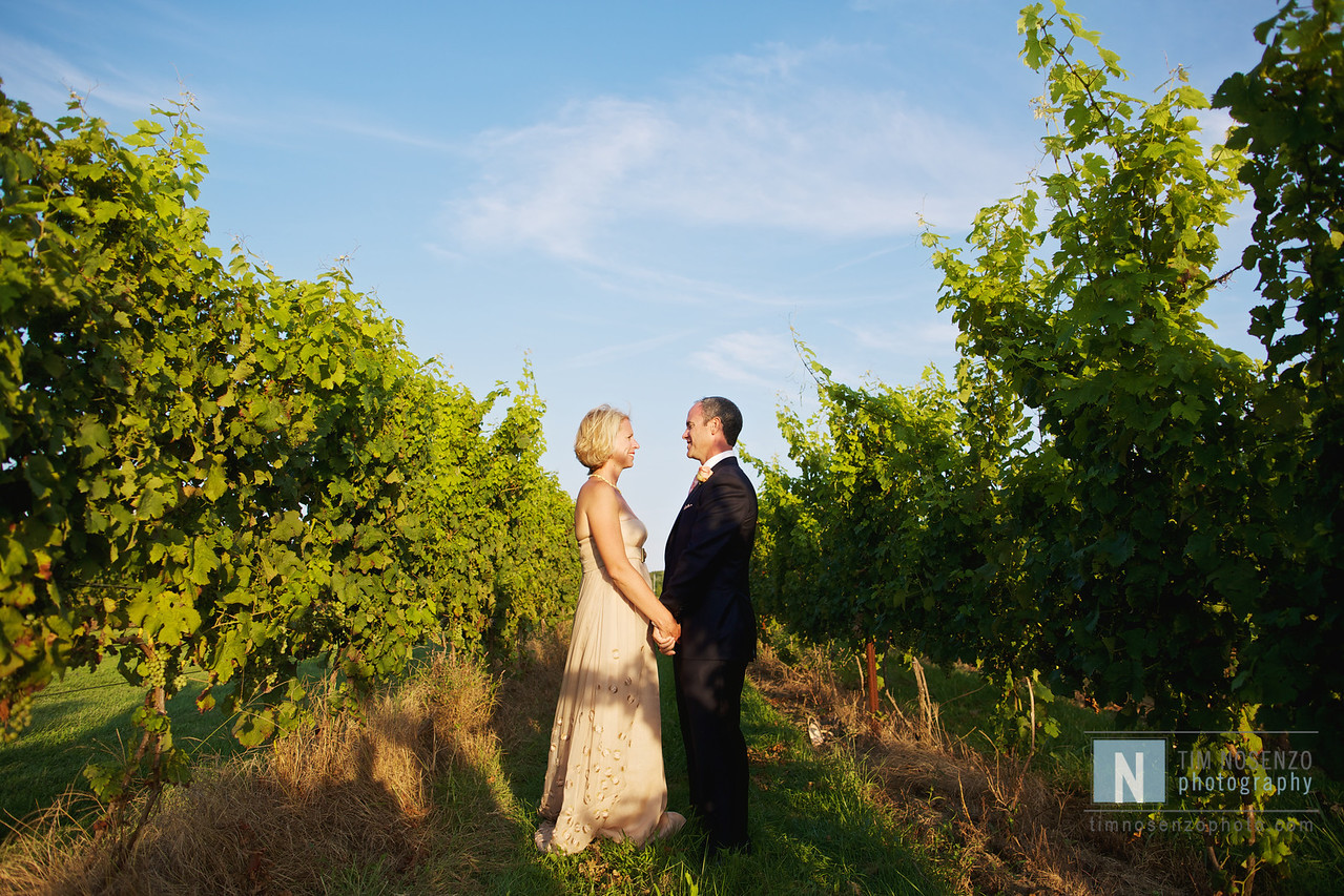 Suzanne + Ty's Wedding :: Saltwater Farm Vineyard :: Stonington, CT