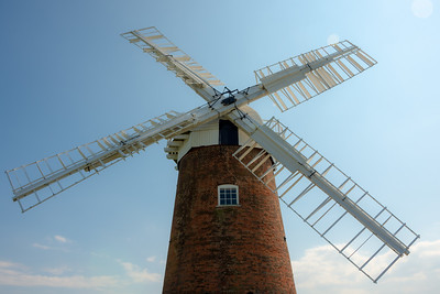 Horsey Windpump straight on