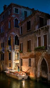 Venezian Taxi Arriving