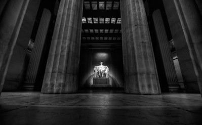 lincoln | © ian sbalcio