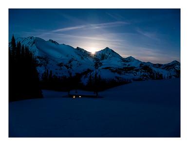 Moonbreak at Pioneer Cabin