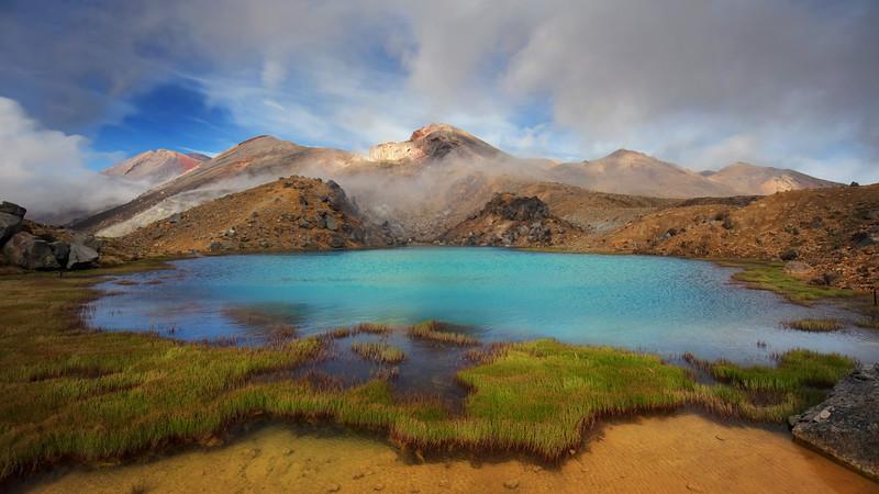 Emerald Pools at Tongariro Alpine Crossing