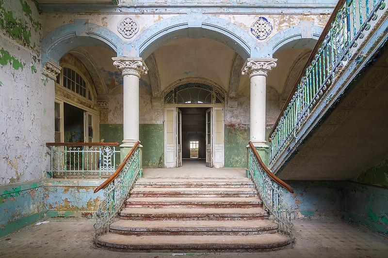 The abandoned entrance