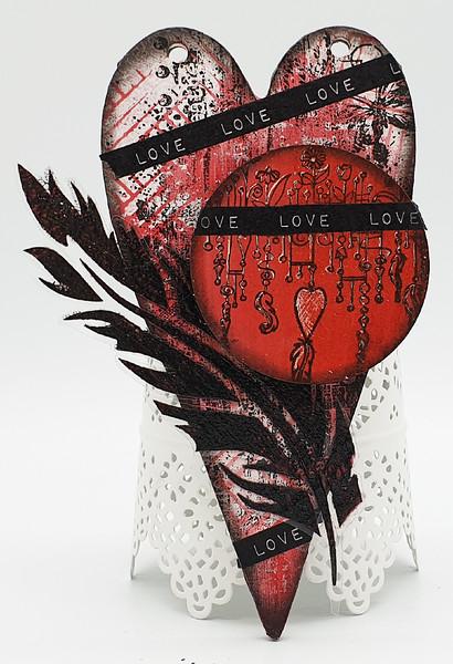FANDANGLE LOVEHEART 11-05-21