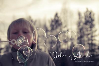 Blowing bubbles3