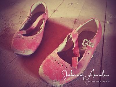 Tiny shoes