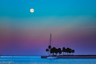 Full Moon, St. Petersburg