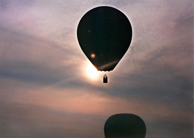 balloon sunset 217