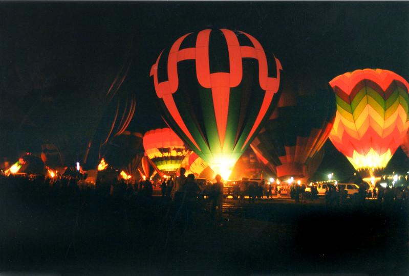 balloon glow 268