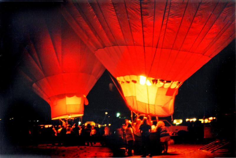 balloon glow 270