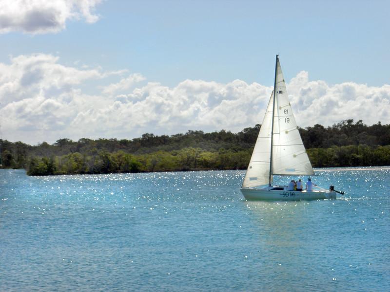sailboat MCH 8180149