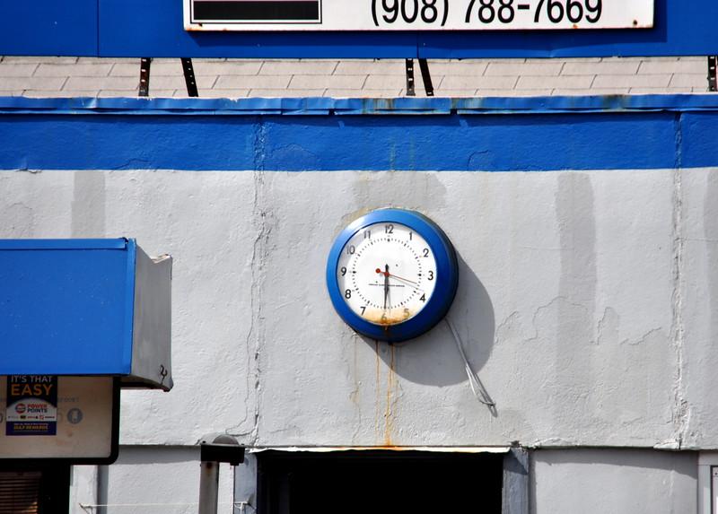 gas clock 092515_0087
