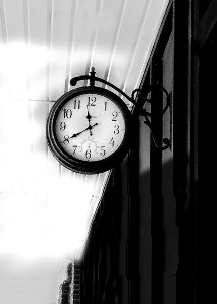 clock 042115_0324 2 bw