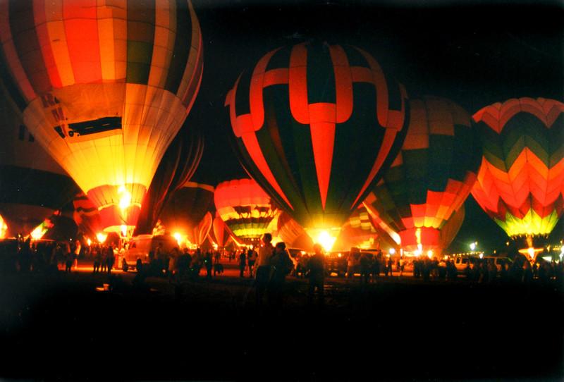 Balloon glow 269