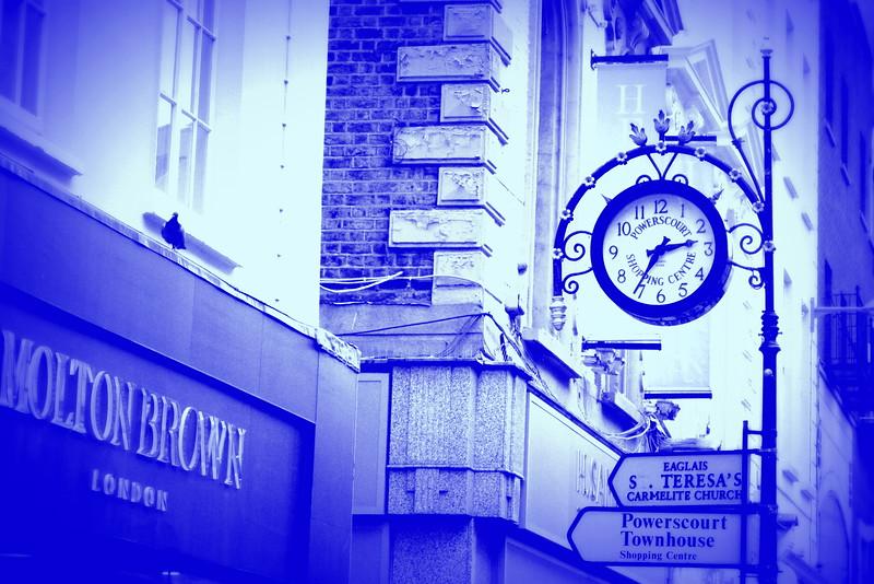 ire clock 80615_6531 blu