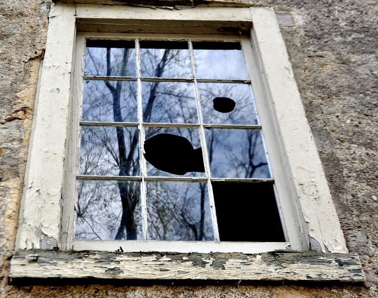 window 102713_0018 2