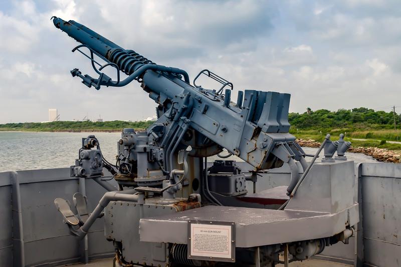 Starboard anti-aircraft battery on board the destroyer escort USS Stewart (DE-238) at the Undersea Warfare Center at Seawolf Park Galveston, TX