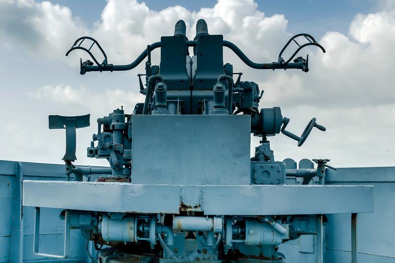 Aft anti- aircraft gun on board the destroyer escort USS Stewart (DE-238) at the Undersea Warfare Center at Seawolf park, Galveston, TX