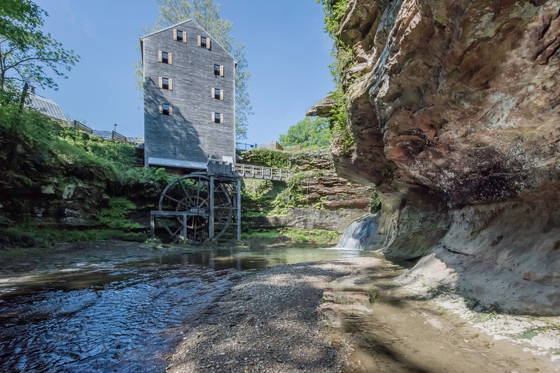 Rock Mill is a gristmill that was built in 1824 in Fairfield County.