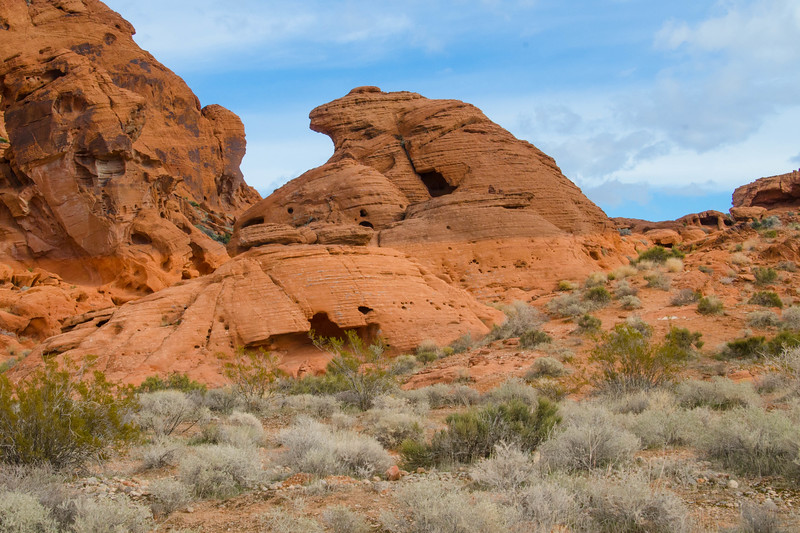 One of hundreds of arches at the Valley of Fire State Park, Nevada.