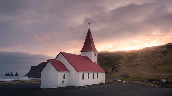 Vik white church
