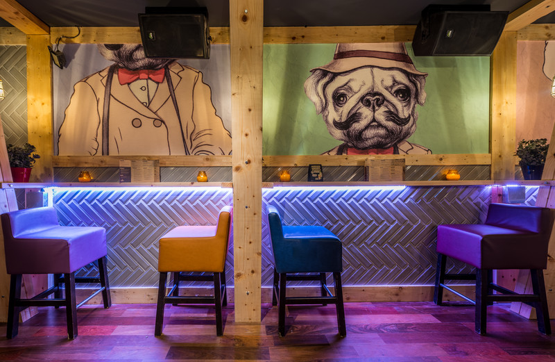 Grumpies Bar, Bangor