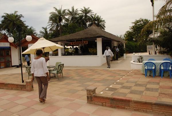 Kololi Hotel